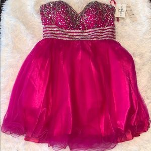 Anny Lee homecoming dress!